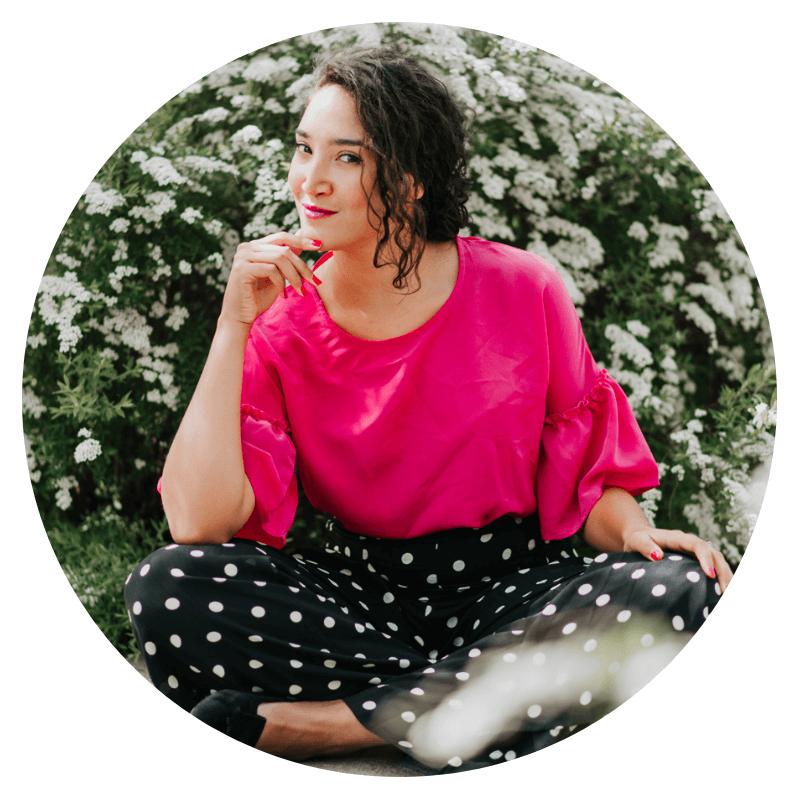 Véronique Ovando - Coach and digital marketing consultant | https://melissamayer.ca/